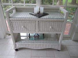 WICKER STAND BY LANE