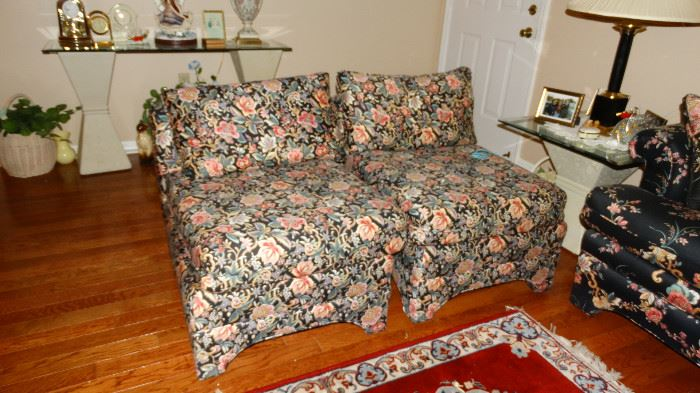 NORWALK CUSTOM UPHOLSTERED ARMLESS SIDE CHAIRS. HOUR GLASS BASE SIDE TABLE WITH GLASS TOP.