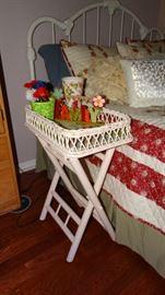 WICKER FINISH SIDE TABLE