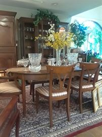 Table and chairs reduced to sell prior to estate closing.