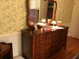 Vintage French Provincial Louie XV Style Carved Triple Dresser With Matching Attached Mirror