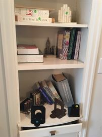 Choice of cookbooks and sets of bookends