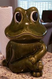 frog cookie jar