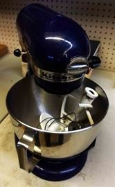 Kitchen-Aid Mixer