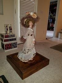 "Marilyn Houchen 1983 Artist's Collection Miniature Mannequin ""FANETTE"""