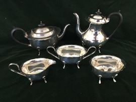 Five Piece Footed Silverplate Tea Service                 http://www.ctonlineauctions.com/detail.asp?id=762802