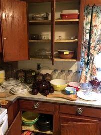 Pyrex bowls, Corningware, mixing bowls