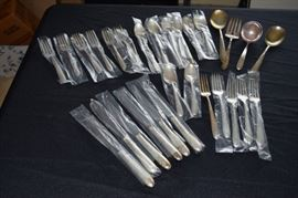 Sterling Silver Oneida Heiress Flatware 29 Pieces