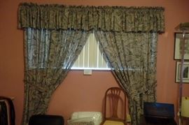 Drapes with matching quilt