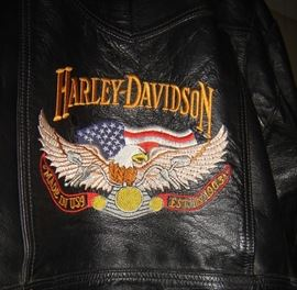 Harley Davidson Mens Jacket back embroidered emblem