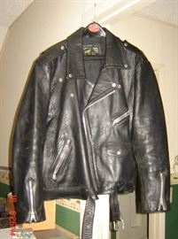 Mens leather Jacket size L