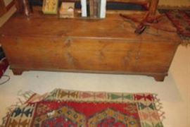 blanket chest rug