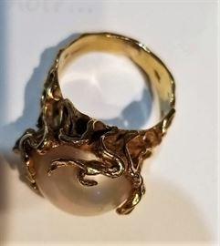 Gold & Pearl Ring