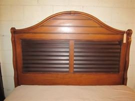 Queen bed, Sealy mattress, metal side rails