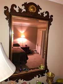 Mahogany Federal Mirror with Gilt Shell Relief