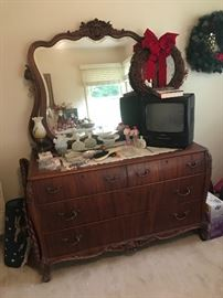 Beautiful Victorian dresser