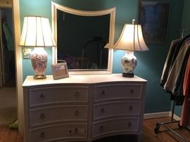 Like new dresser and mirror