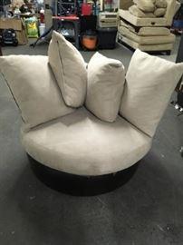 Circle Pillow Chair