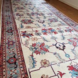 8' x 29' Heriz Carpet