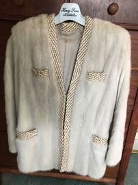 Wild 1950s  fur jacket. Play Hollywood dressup and knock 'em dead !!