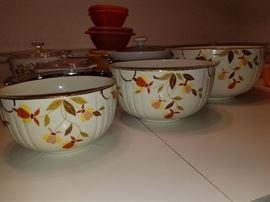 "3 sizes of ""Jewel Tea"" Bowls"