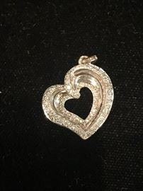 Deals-of-the-Day: White gold & diamond heart pendant, reg $950 now 50% OFF!