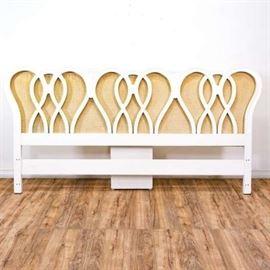 WHITE LACQUERED & BEIGE FABRIC LATCH HOOK KING SIZE HEADBOARD