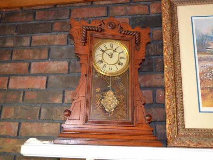 Waterbury mantle / case clock