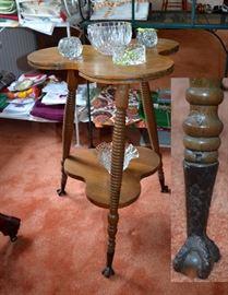 glass ball & clawftood oak clover leaf table