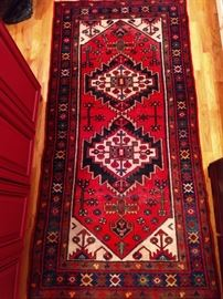 "Vintage hand woven Persian Viss rug, 100% wool face, measures 3' 4"" x 6' 7""."