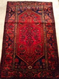 "Vintage hand woven Persian Viss Heriz rug, 100% wool face, measures 4' 4"" x 6' 8""."