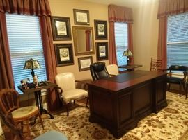 Every house in Dunwoody has an office. Why? Because all the retired businessmen need a reason to be important. If it rains, they can't play golf, so they close the door and pretend to be on important conference calls to escape their wives.                                                          True story!