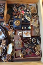 Beautiful statement costume jewelry in great Fall tones, mostly vintage with a couple of newer pieces mixed in. All 50% off!