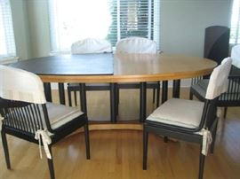 you wont find a scratch on this beautiful mid century modern Davis Allen Andover for Sterling of Italy dinning set with 8 chairs.