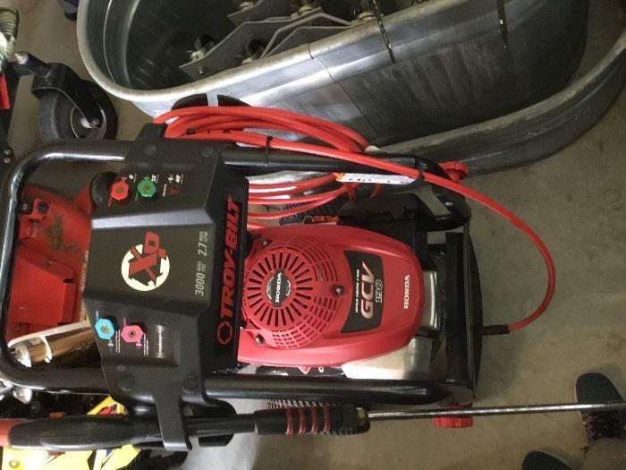 Troy-bilt Power Washer w/Honda motor