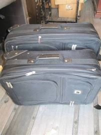 2 piece black luggage set