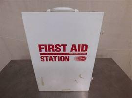 1 First Aid Metal Box Wall Mountable