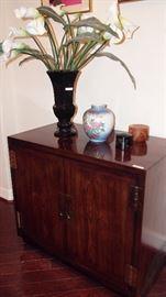 Darling Oriental Style Cabinet