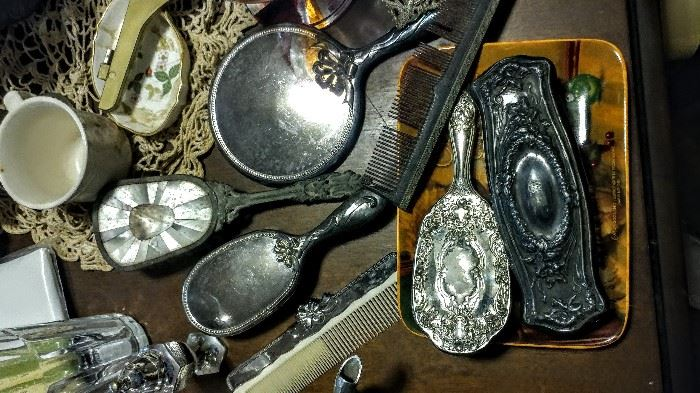 Large collection of silver accessories