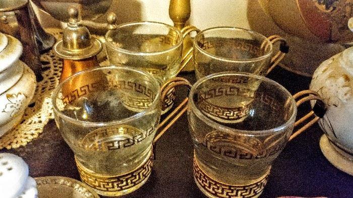 Hot beverage glasses with metal holder