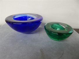 Kosta bowls