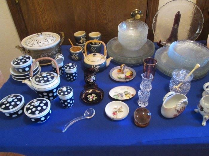 Tea Sets, Glass Plates/ Bowls and Other Serving Pieces