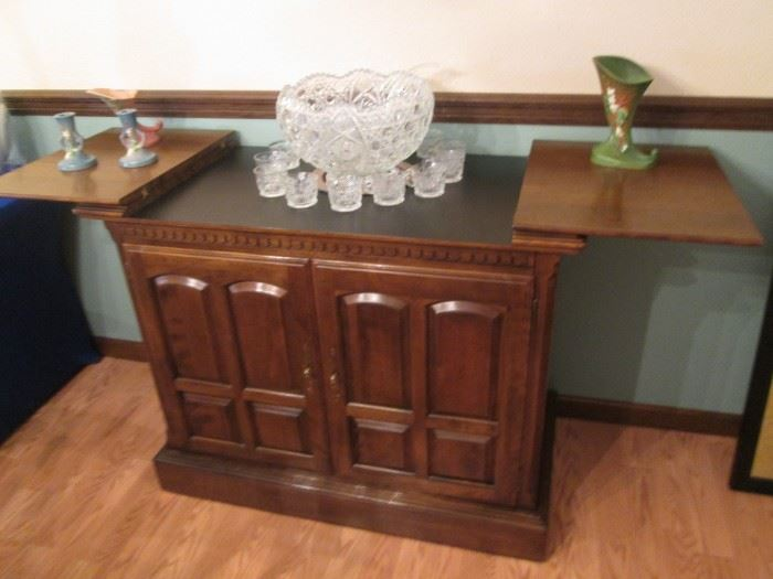 "Ethan Allen Buffet, 41"" X 21"" closed and 63"" X 21"" with sides open.  Beautiful Details!"