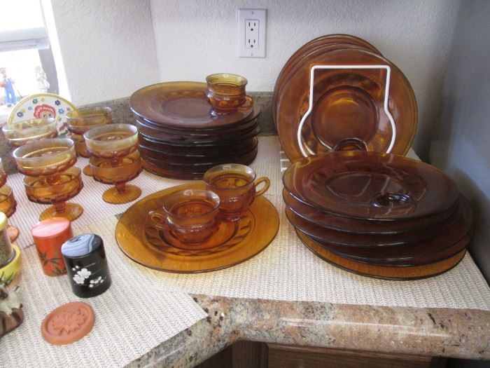Amber Thumbprint Plates and Cups
