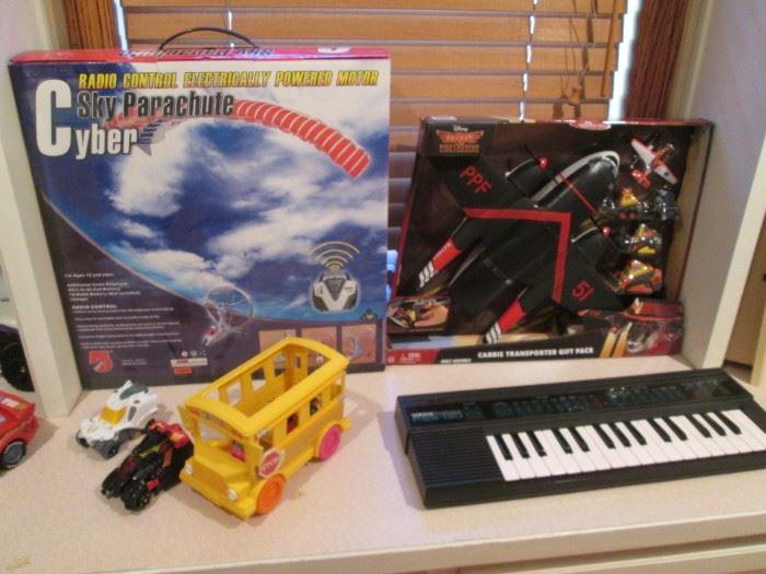 Small Yamaha Keyboard Portasound #PSS-130