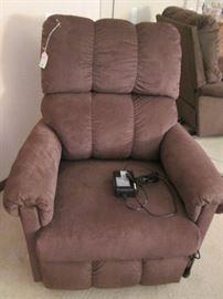 La-Z-Boy Electric Lift Chair Recliner