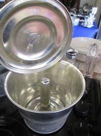 Vintage Angel Food Cake Pan with Lid, Very Unusual!