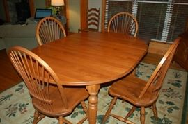 Canadian Bedford Furniture dining room table with four spindle back chairs.  Beautiful!