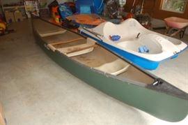 Old Town Discovery 158 fiberglass canoe, also Sundolphin 5
