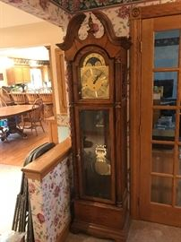 1991 Howard Miller Grandfather Clock